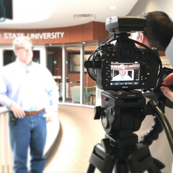 On location with the Director of Entrepreneurship and Innovation, @neil.kane Neil is highlighting the Entrepreneurship + Innovation Minor, as well as the resources @michiganstateu has to offer.