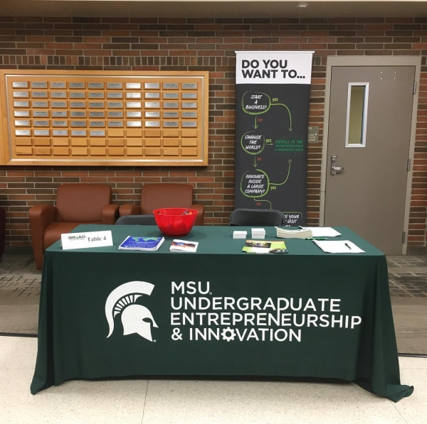 We are so excited about our Entrepreneurship & Innovation study abroad courses offered in Rome, Italy and Tel Aviv, Israel! Shout out to all who came to the study abroad fair to check us out! 📚💡🌎🚀 #StudyAbroad #ESHIPAbroad #Entrepreneurship #Innovation #SpartansWill